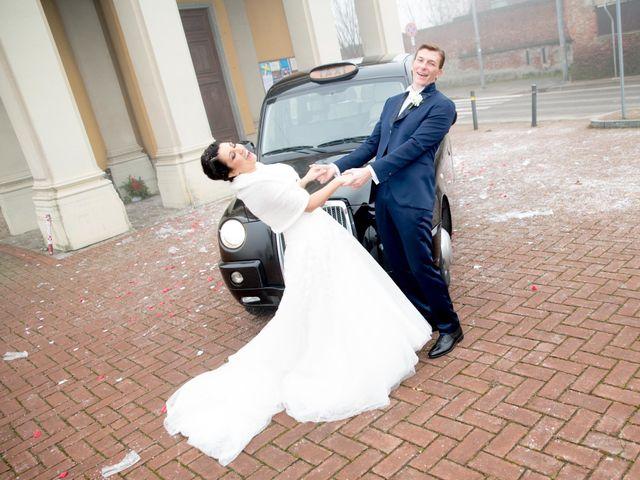 Il matrimonio di Isabella e Dario a Albairate, Milano 17
