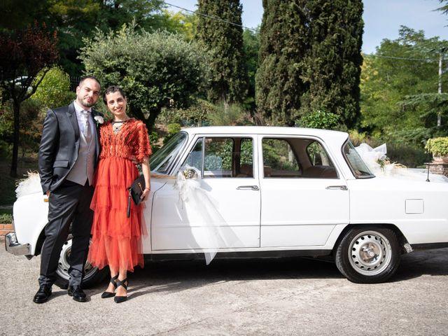 Il matrimonio di Lorenzo e Beatrice a Montecosaro, Macerata 6