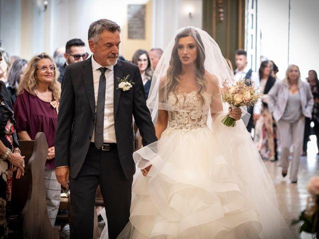 Il matrimonio di Lorenzo e Beatrice a Montecosaro, Macerata 20