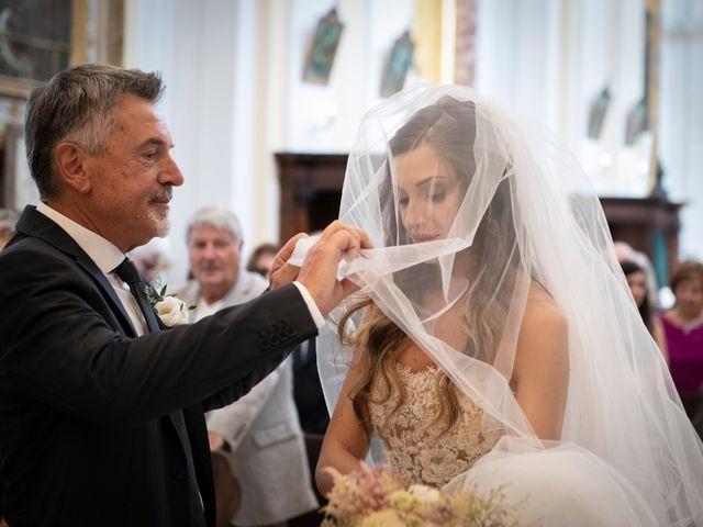 Il matrimonio di Lorenzo e Beatrice a Montecosaro, Macerata 21