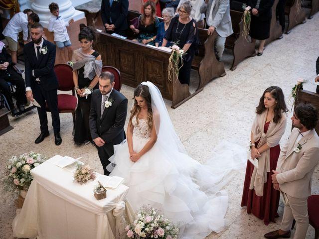 Il matrimonio di Lorenzo e Beatrice a Montecosaro, Macerata 22