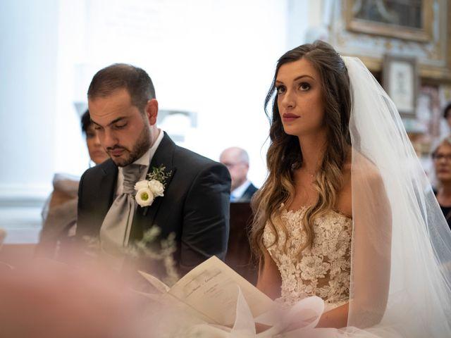 Il matrimonio di Lorenzo e Beatrice a Montecosaro, Macerata 23