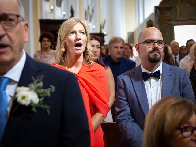 Il matrimonio di Lorenzo e Beatrice a Montecosaro, Macerata 26