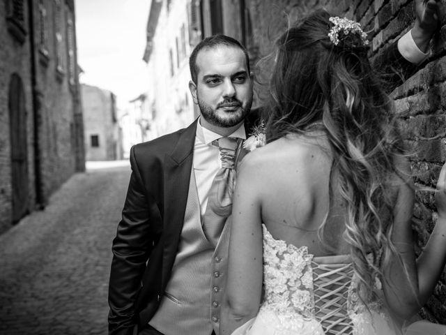 Il matrimonio di Lorenzo e Beatrice a Montecosaro, Macerata 36