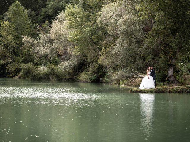 Il matrimonio di Lorenzo e Beatrice a Montecosaro, Macerata 38