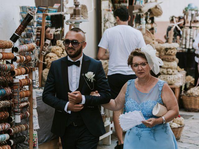 Il matrimonio di Oliver e Leslie a Gallipoli, Lecce 42