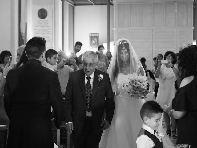 Il matrimonio di Cosimo e Donatella a San Michele Salentino, Brindisi 19