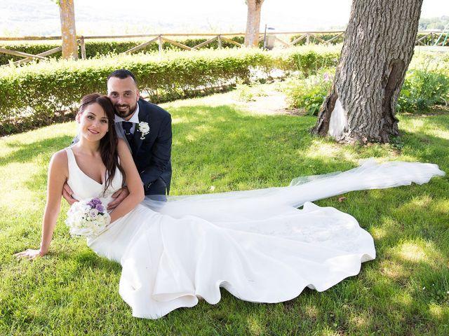 Il matrimonio di Roberto e Laura a Fermo, Fermo 19