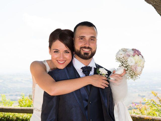 Il matrimonio di Roberto e Laura a Fermo, Fermo 20