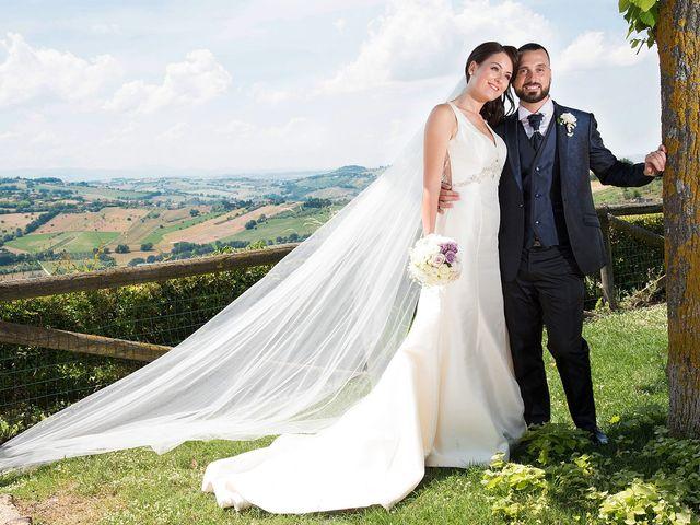 Il matrimonio di Roberto e Laura a Fermo, Fermo 22