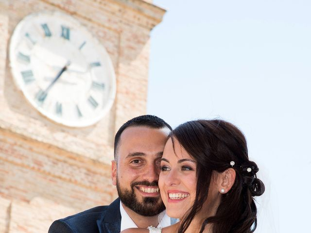 Il matrimonio di Roberto e Laura a Fermo, Fermo 25