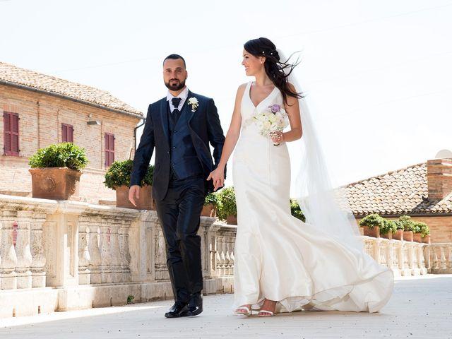 Il matrimonio di Roberto e Laura a Fermo, Fermo 27