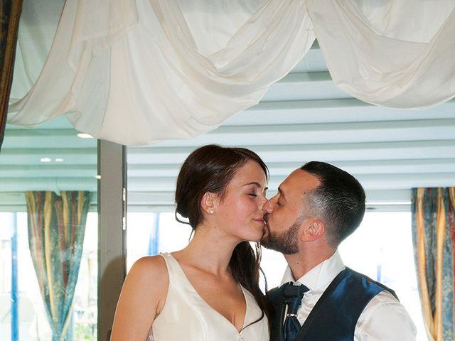 Il matrimonio di Roberto e Laura a Fermo, Fermo 31