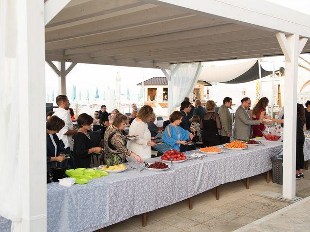 Il matrimonio di Roberto e Laura a Fermo, Fermo 34