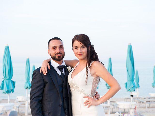 Il matrimonio di Roberto e Laura a Fermo, Fermo 36