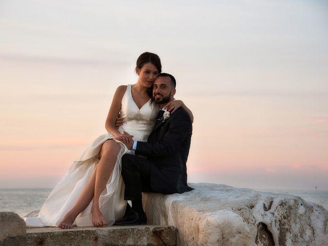 Il matrimonio di Roberto e Laura a Fermo, Fermo 37