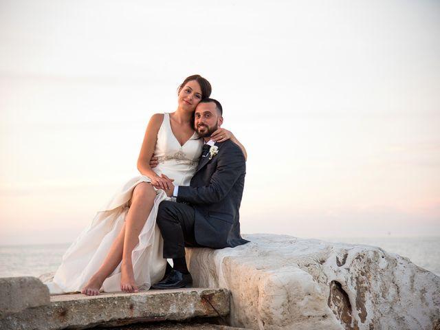 Il matrimonio di Roberto e Laura a Fermo, Fermo 38
