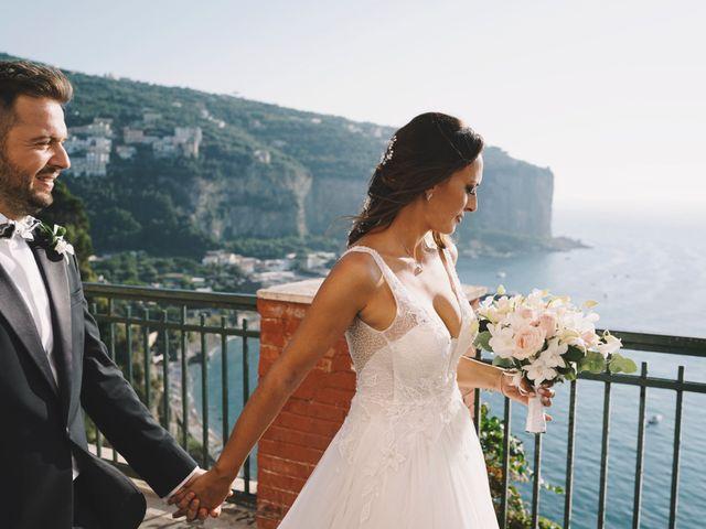 Il matrimonio di Marco e Laura a Napoli, Napoli 17