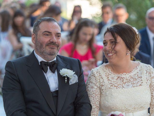 Il matrimonio di Consiglio e Elisabetta a Nardò, Lecce 30