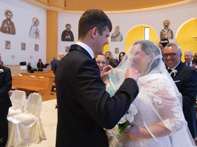 Il matrimonio di Gabriele e Valentina a Vasto, Chieti 17