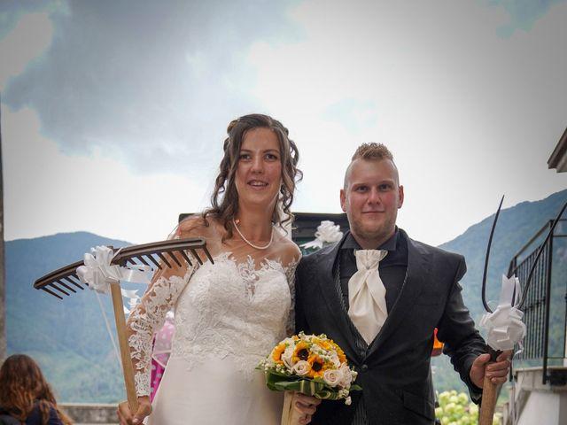 Il matrimonio di Elia e Elena a Barghe, Brescia 52