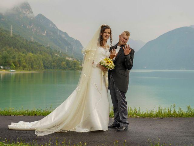 Il matrimonio di Elia e Elena a Barghe, Brescia 56