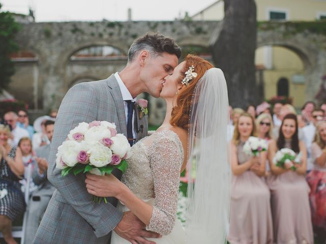 Le nozze di Kara e Rob