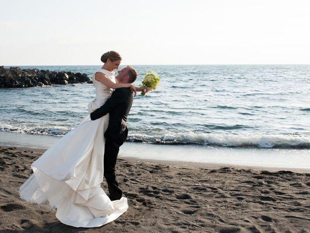 Il matrimonio di Peppe e Giusy a Torre Annunziata, Napoli 1