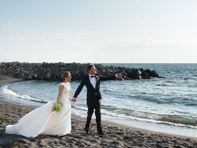 Il matrimonio di Peppe e Giusy a Torre Annunziata, Napoli 11