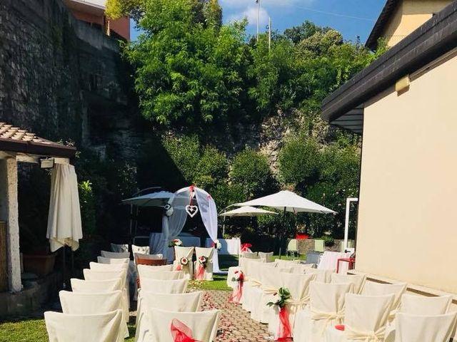 Il matrimonio di Filippo e Daniela a Comerio, Varese 4