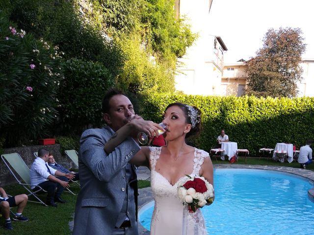 Il matrimonio di Filippo e Daniela a Comerio, Varese 1