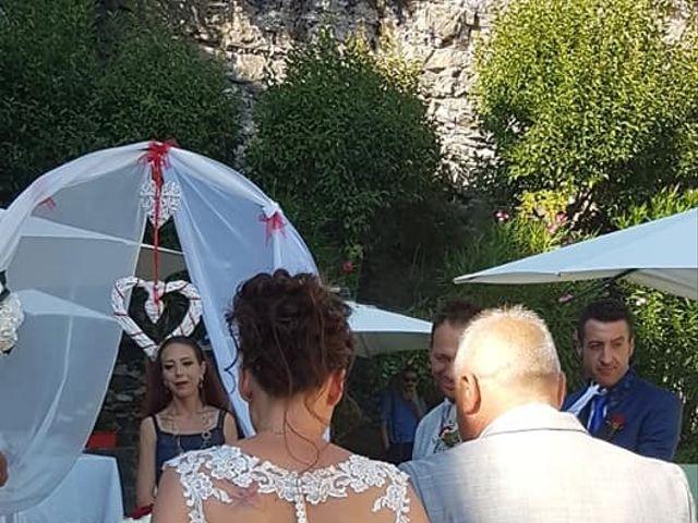 Il matrimonio di Filippo e Daniela a Comerio, Varese 14