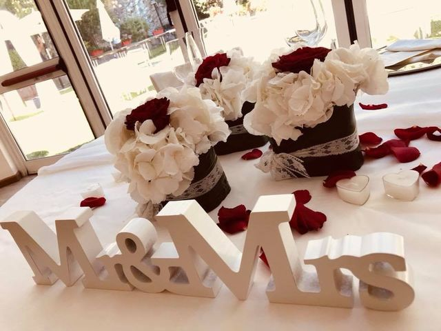 Il matrimonio di Filippo e Daniela a Comerio, Varese 21