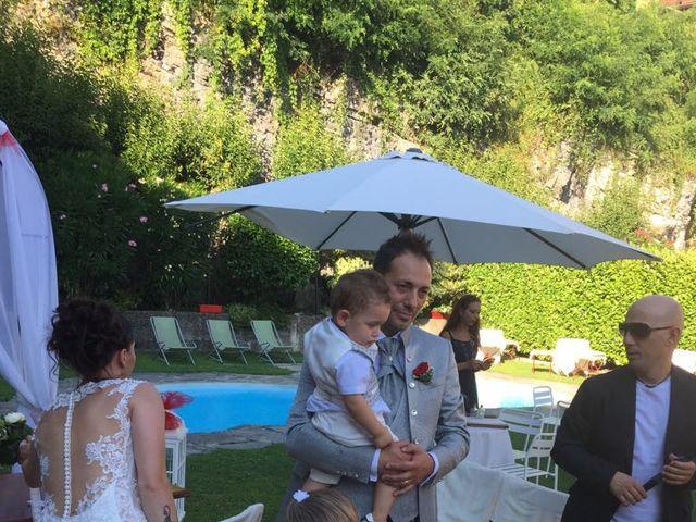 Il matrimonio di Filippo e Daniela a Comerio, Varese 23