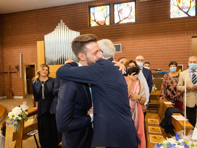 Il matrimonio di Marco e Claudia a Lissone, Monza e Brianza 19