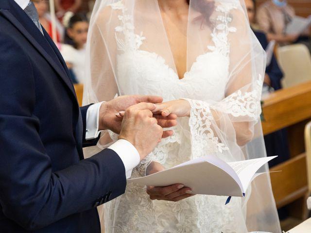 Il matrimonio di Marco e Claudia a Lissone, Monza e Brianza 25