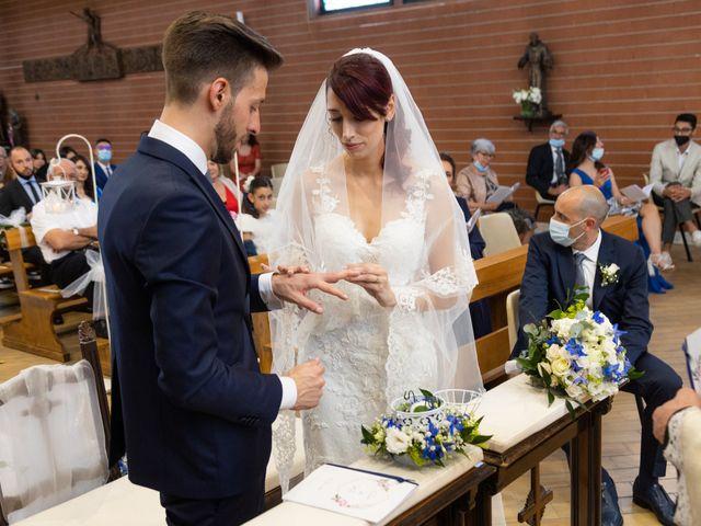 Il matrimonio di Marco e Claudia a Lissone, Monza e Brianza 27