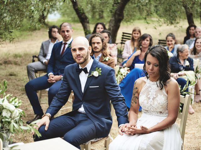 Il matrimonio di Simone e Ambra a Castelfiorentino, Firenze 18
