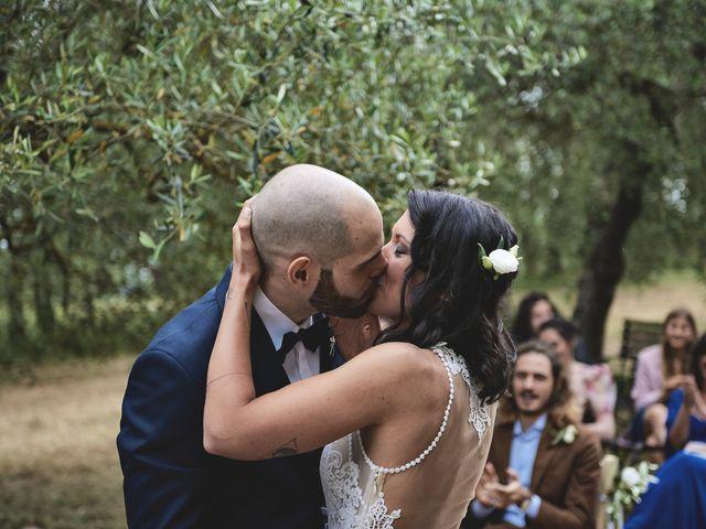 Il matrimonio di Simone e Ambra a Castelfiorentino, Firenze 20