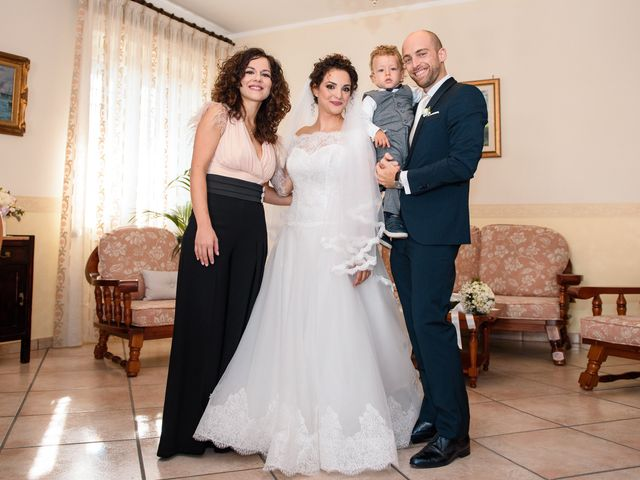 Il matrimonio di Claudio e Ivana a Frattamaggiore, Napoli 32