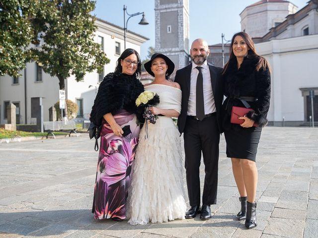 Il matrimonio di Dennis e Stefania a Capriolo, Brescia 84