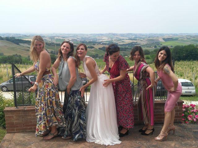 Il matrimonio di Alessandro e Sara a Montecarotto, Ancona 4