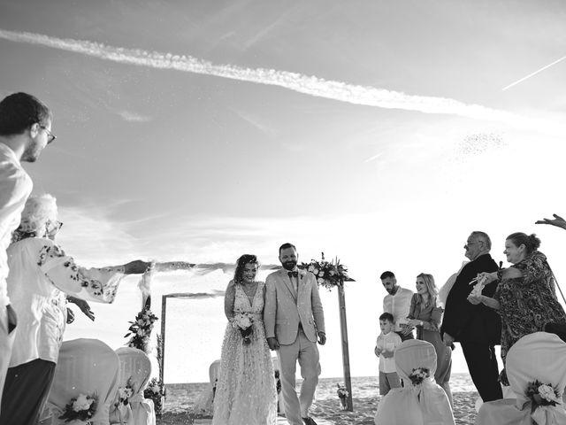 Il matrimonio di Alexandru e Silvana a Viareggio, Lucca 44