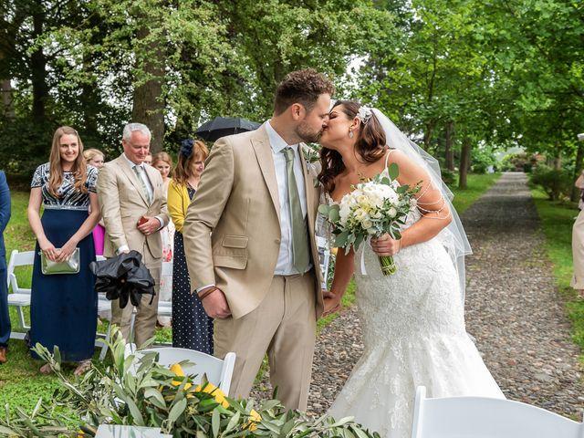 Il matrimonio di Thomas e Becky a Ispra, Varese 92