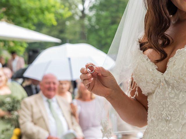 Il matrimonio di Thomas e Becky a Ispra, Varese 120