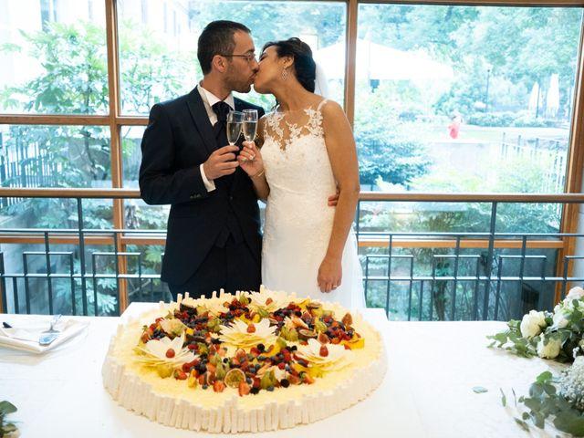 Il matrimonio di Saro e Loretta a Gazzada Schianno, Varese 13