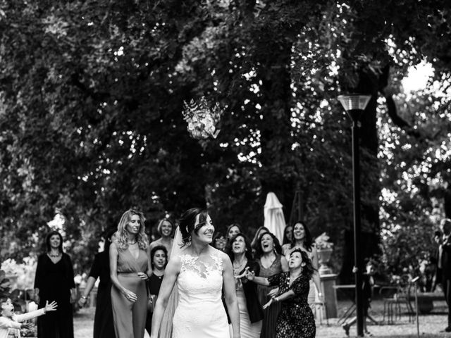Il matrimonio di Saro e Loretta a Gazzada Schianno, Varese 14