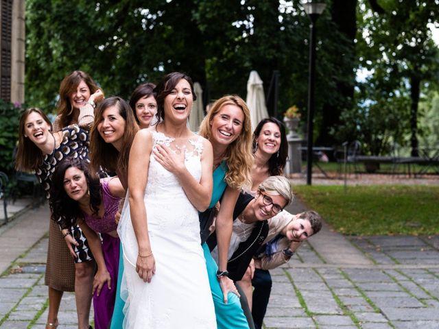 Il matrimonio di Saro e Loretta a Gazzada Schianno, Varese 15