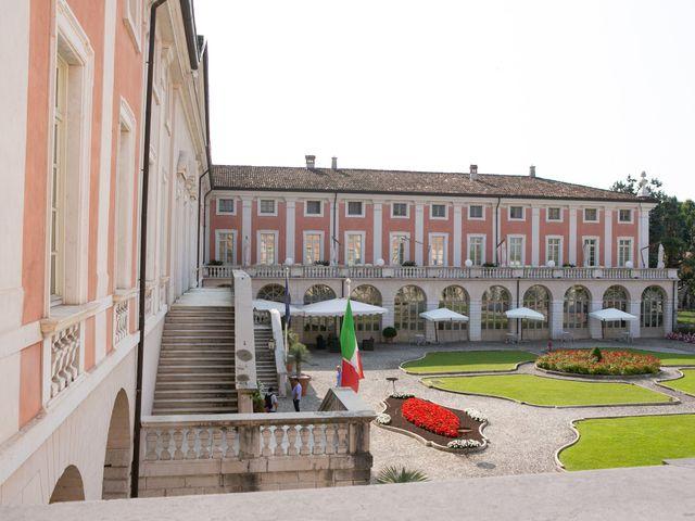 Il matrimonio di Maurizio e Valeria a Corte Franca, Brescia 7