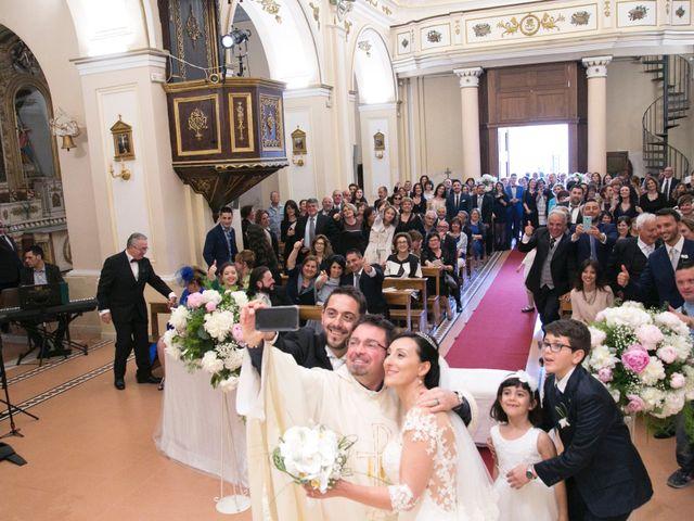 Il matrimonio di Salvatore e Maria Teresa a Pentone, Catanzaro 12
